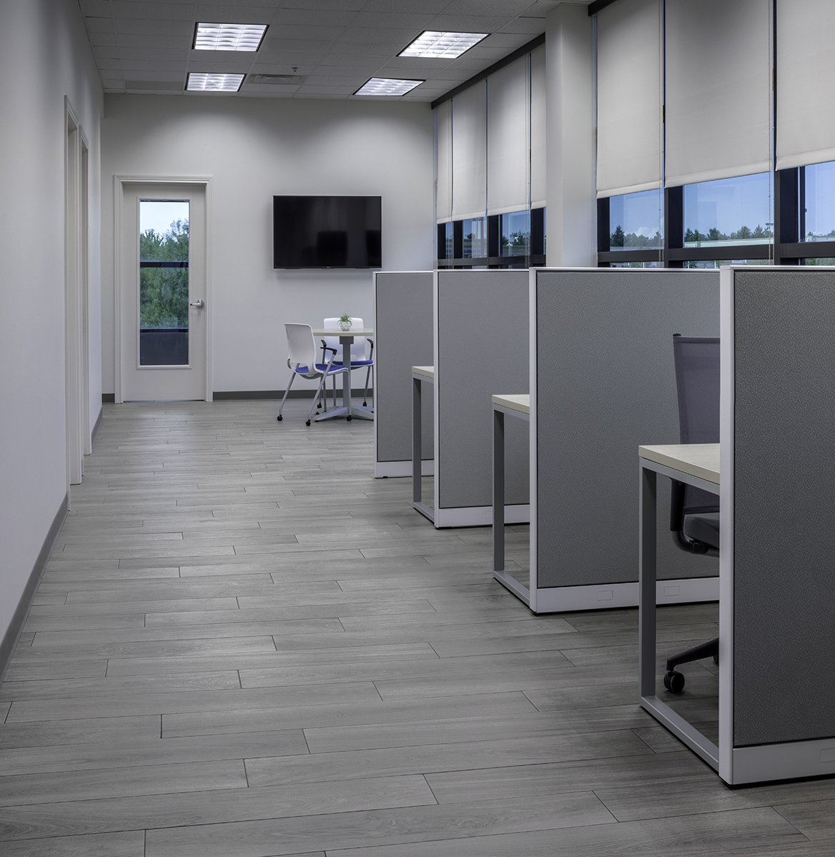 office cubicles and meeting room with Florida Tiles