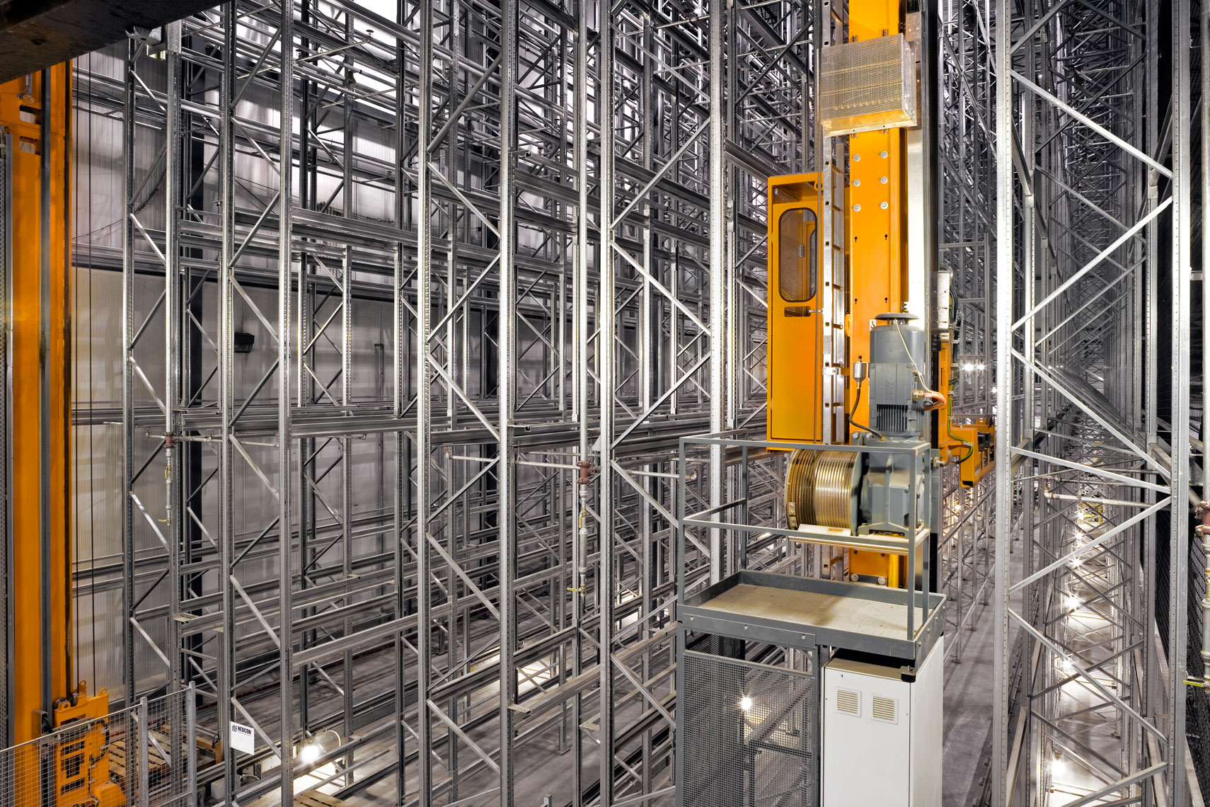 fully automated storage and retrieval system in beef distribution center