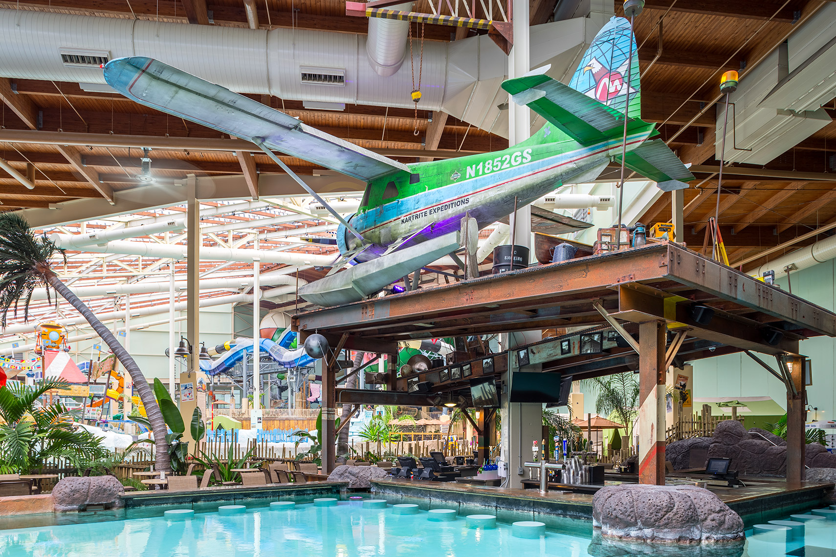 waterpark bar at camelback lodge waterpark