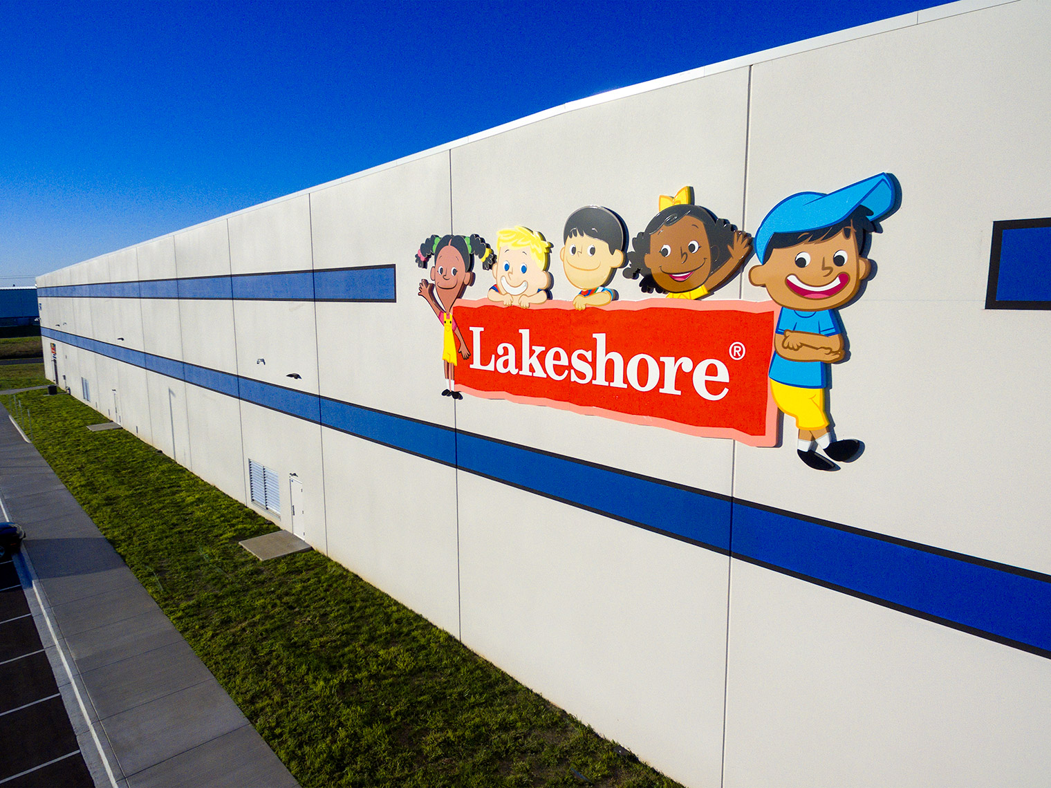 "aerial overview of main signage ""lakeshore learning"""