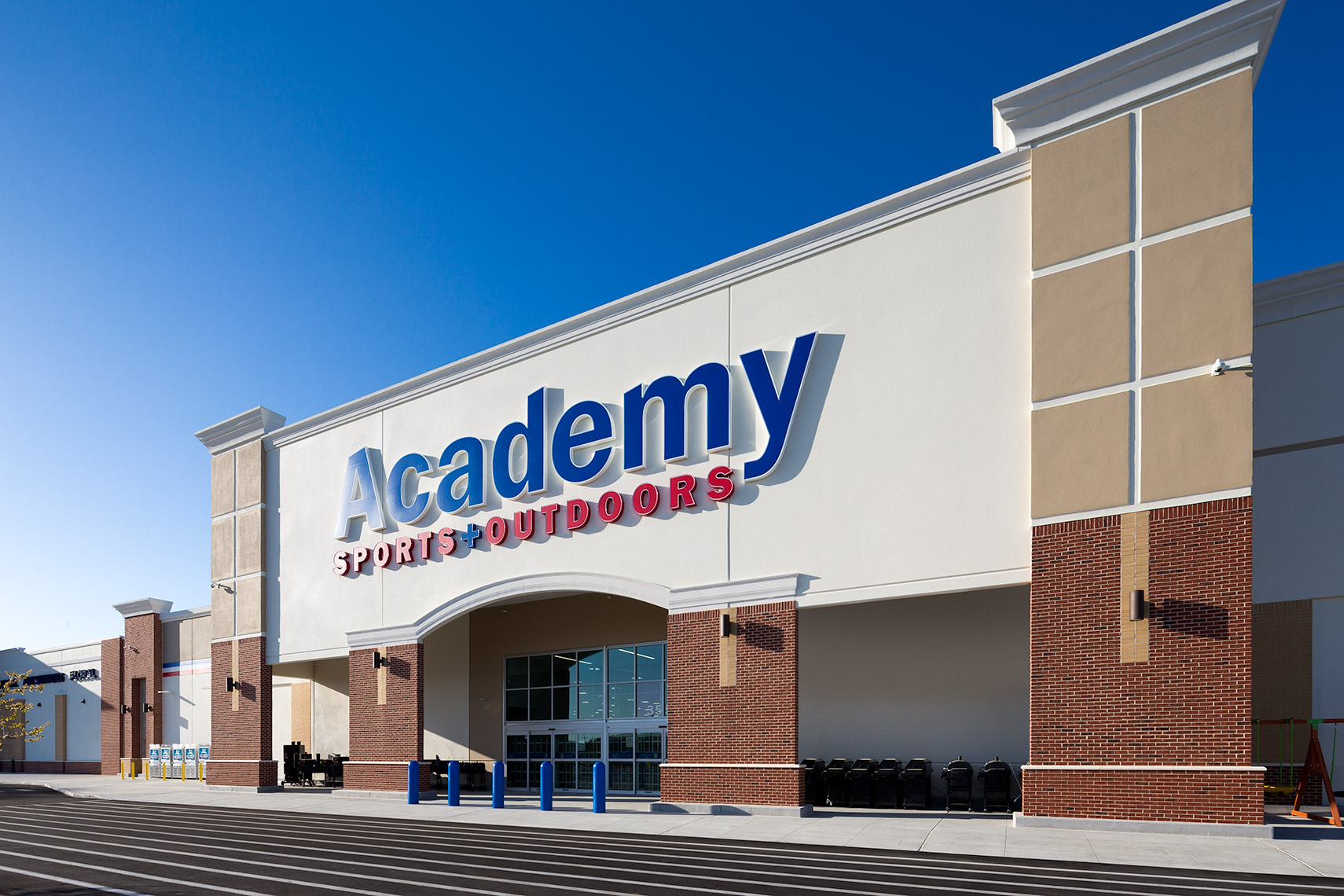academy sports entrance at new bern marketplace