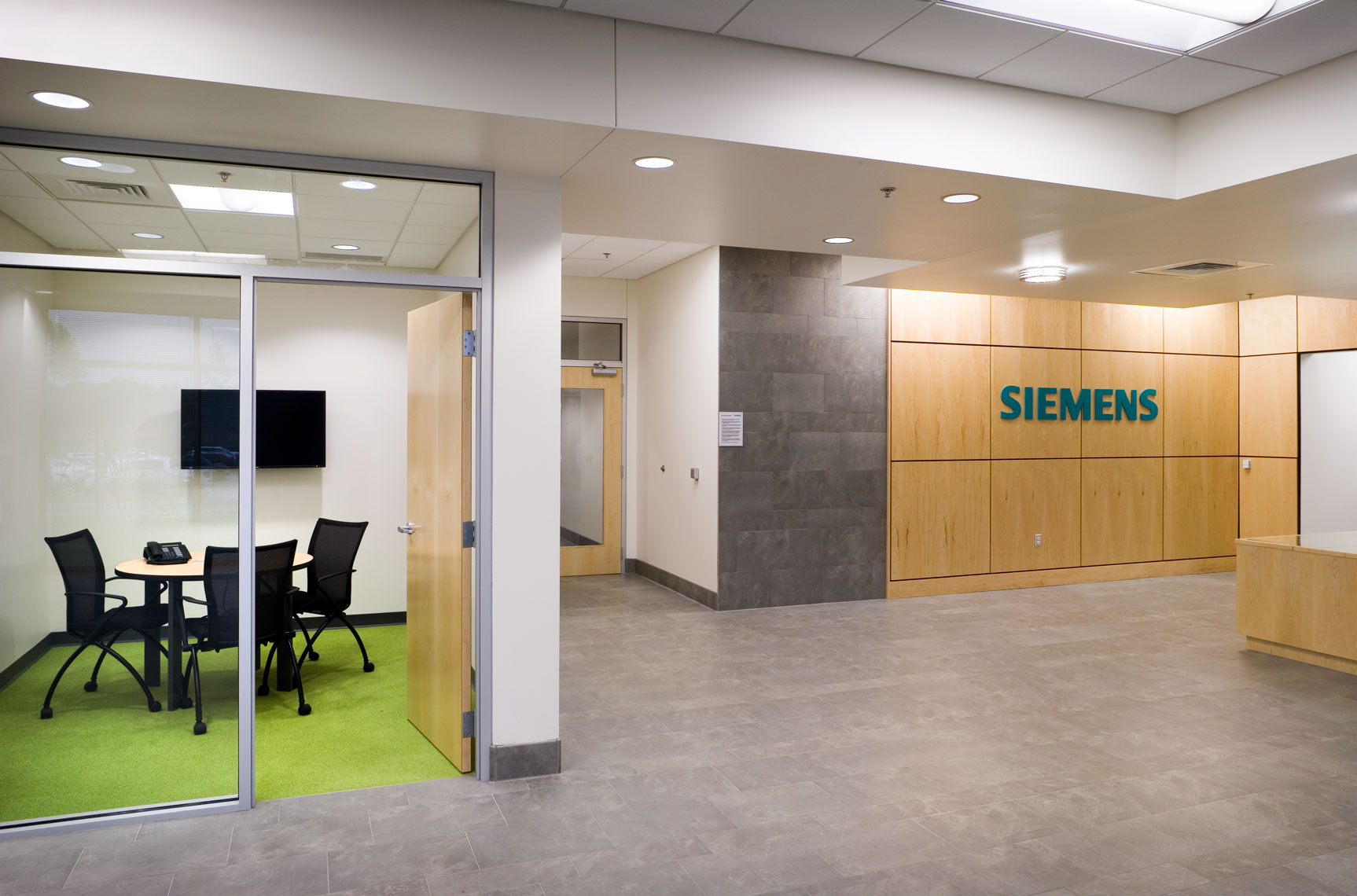 reception and meeting room at Siemens